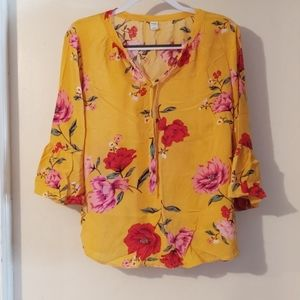 Old Navy floral bell sleeve blouse